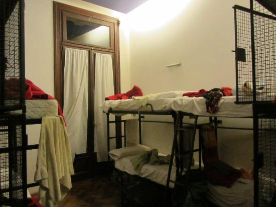 Milhouse Hostel Avenue: bedroom