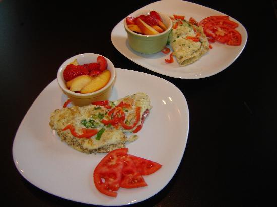 Secret Beach Bed and Breakfast : Full gourmet breakfasts