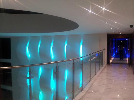 Aquashow Park Hotel: Couloirs