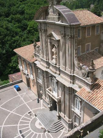 Кава-де-Тиррени, Италия: Vista dal borgo