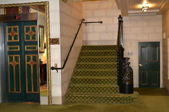 Serrano Hotel: Lobby