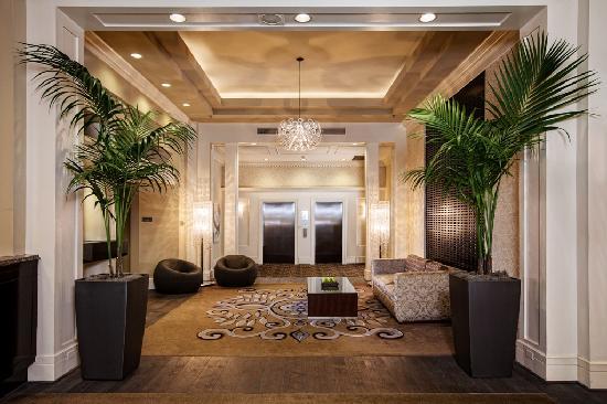 Alexis Hotel - a Kimpton Hotel: Alexis Hotel Lobby