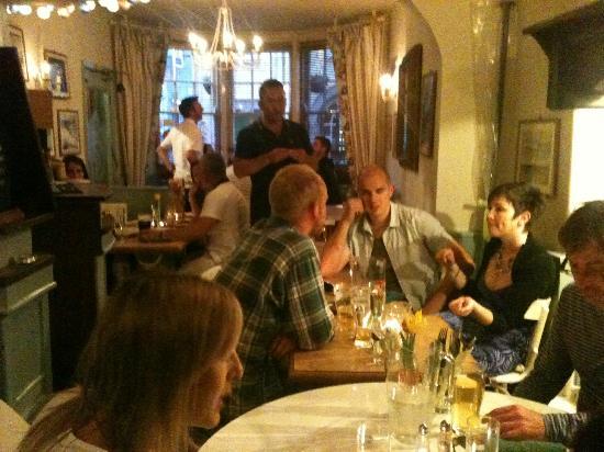 The Volunteer Inn: the dining room