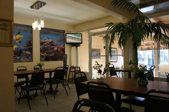 El  Rincon Del Sabor: Inside restaurant