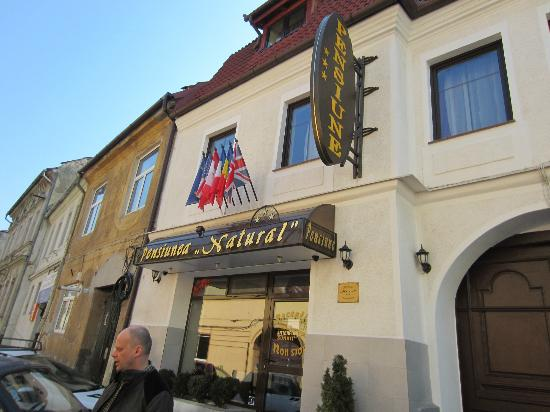 Natural Guesthouse: Hotel Natural Brasov Romania