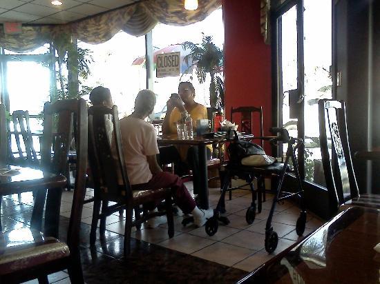 Derrick's Jamaican Cuisine : Derricks Jamaican Restaurant