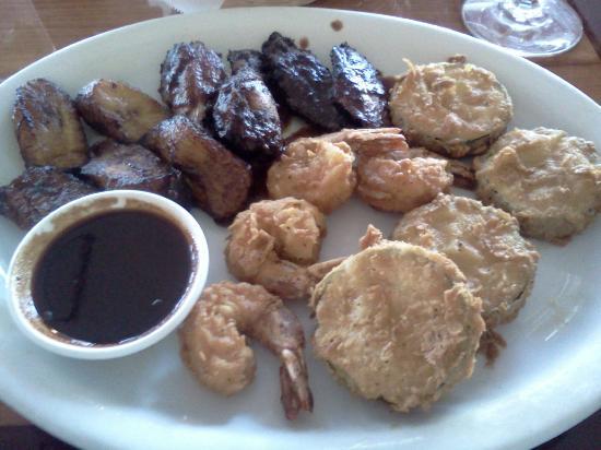 Derrick's Jamaican Cuisine : Jamaican Sampler, Jerk Wings, Coconut Shrimp. Plantain, Fried Zucchini