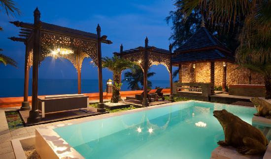 Ammatara Pura Pool Villa: Beachfront Pool Villa
