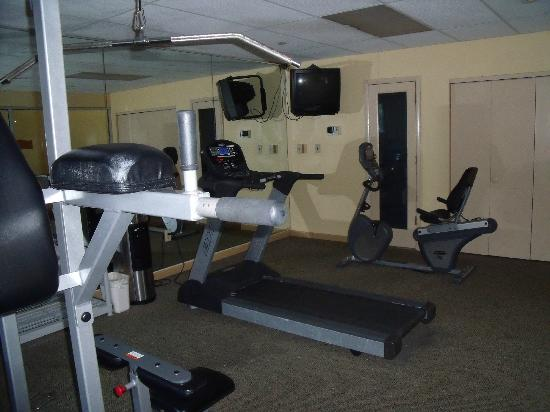 Quality Inn and Suites Airpark East: Exercise Rm