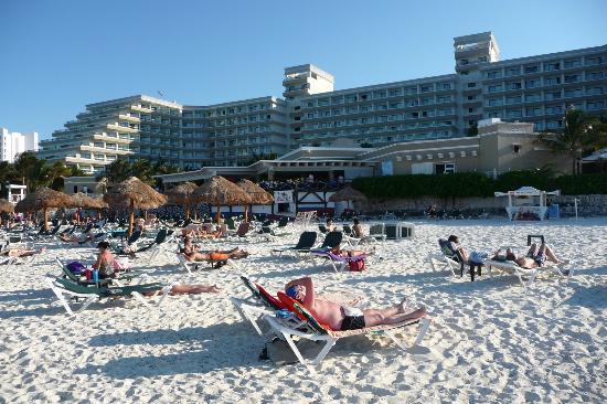 Hotel Riu Caribe: Playa
