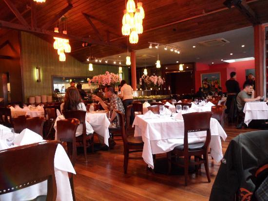 Espetus Churrascaria : Dining Area