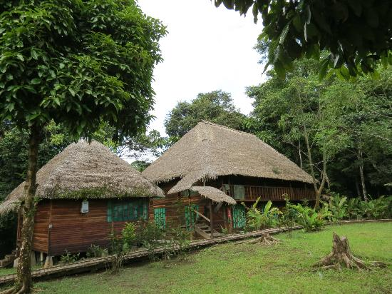 Sani Lodge: The larger building accommodates families and groups; the rooms are quite spacious.