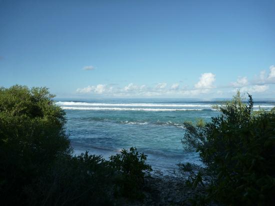 Shangri-La's Villingili Resort and Spa Maldives: View facing the open ocean