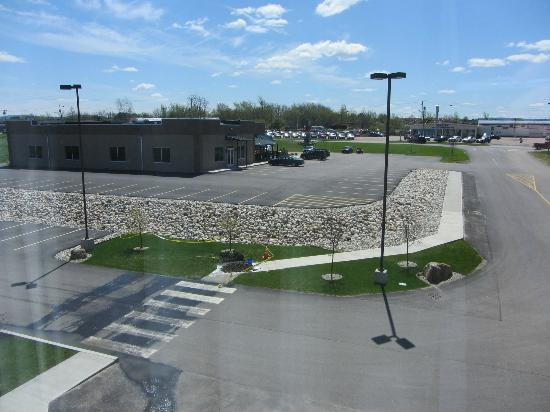 Holiday Inn Express Hotel & Suites Malone: Room view of Mo's Pub and Grill