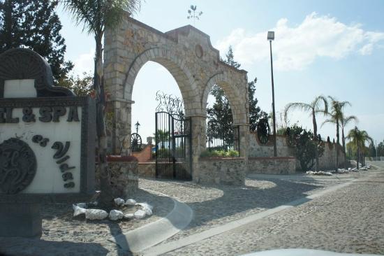 Hacienda Tres Vidas Hotel & Spa: Vista de fuera del hotel