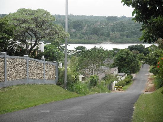 Tradewinds Villas : One of the hills you can walk to get into town :)