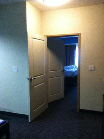 SpringHill Suites Waco Woodway: Two Rooms for the price of One!