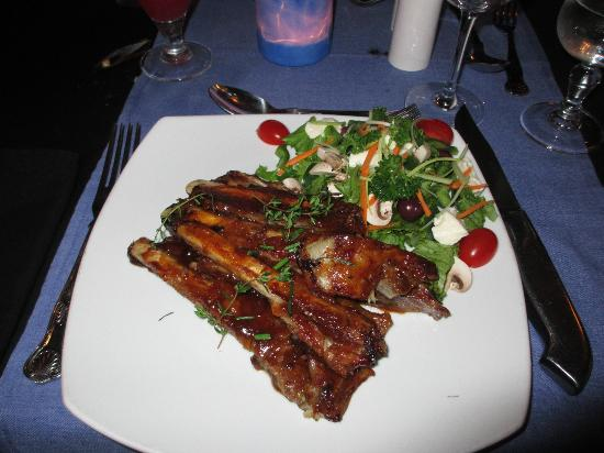 JJ's Restaurant: main course-ribs
