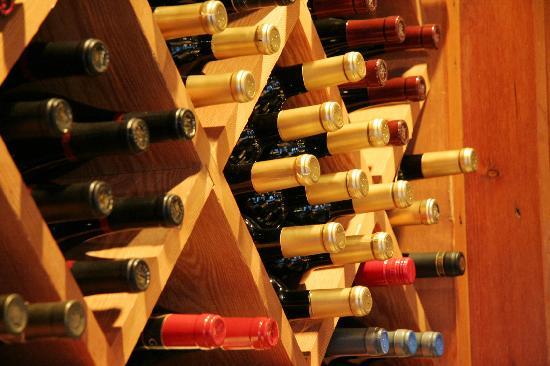 Bellavista: Un buon piatto un bicchiere di buon vino ...la poesia della vita
