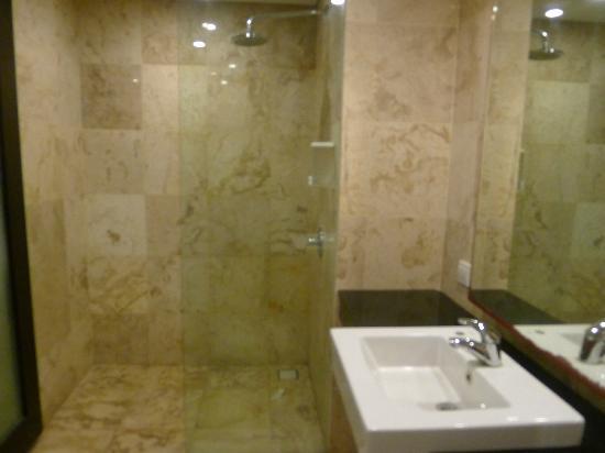 Dekuta Hotel: Room 102