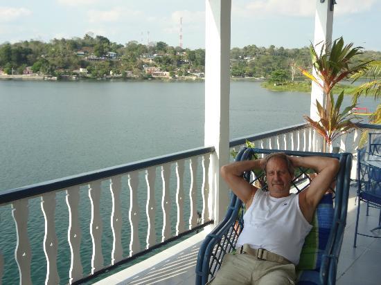 Hotel Casazul: Relax at the veranda
