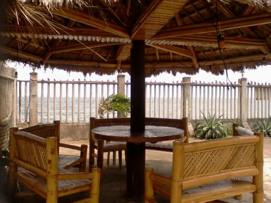 Puertocita's Beach Resort: Umbrella