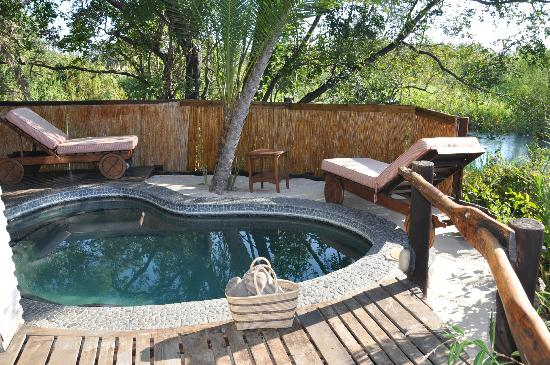 Cascade Island Lodge: My private plunge pool!