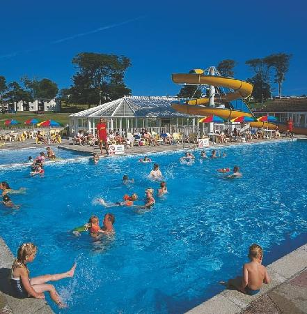 Trelawne manor holiday park campground reviews deals - Hotels in looe cornwall with swimming pool ...