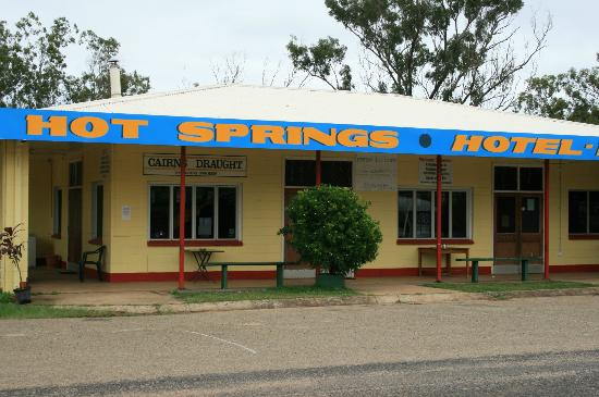 Innot Hot Springs Health and Leisure Park: The Pub is just across the bridge