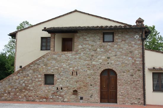 Il Selvino: One of the house on the farm, with appartments in