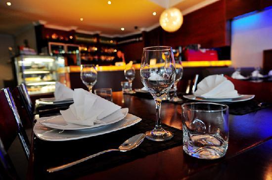 Modern Thai: Dining Room