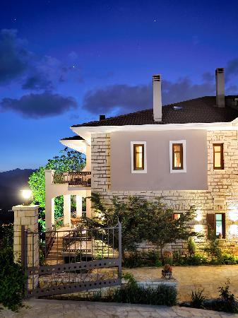 Konitsa Mountain Hotel exterior