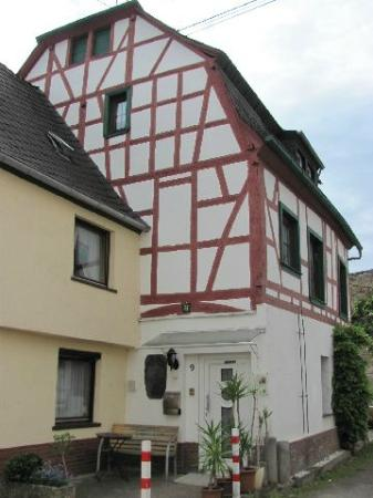 Rhens, Germany: exterior
