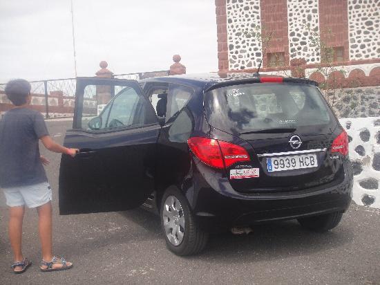 Faro de La Entallada: Alquilamos coche con cabreramedina