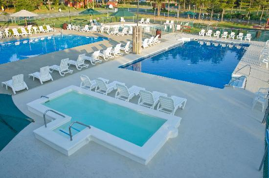 Powder Horn Family Camping Resort: Main Pool Complex