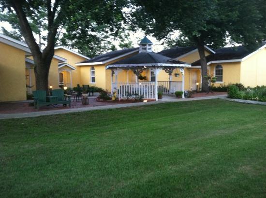 Country Chalet Inn: Heritage Inn