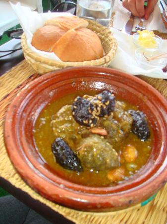 Riad Dubai: Beef and prune tagine