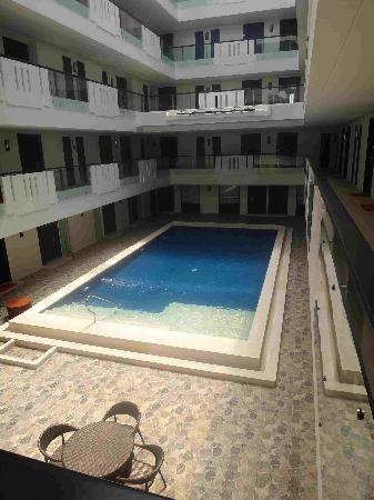 Nandana Boracay: Indoor pool