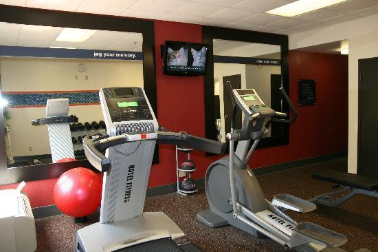 Hampton Inn Summersville: The Fitness Center