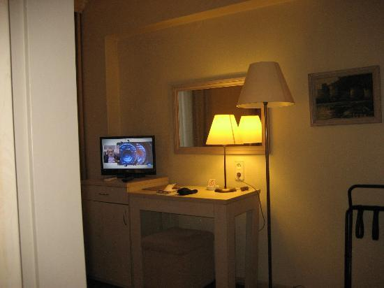 Barin Hotel: Habitación
