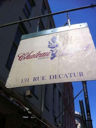 La Galerie Hotel: Hotel Sign