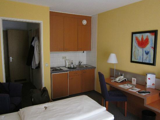 GHOTEL living Muenchen-Zentrum: Standard Room