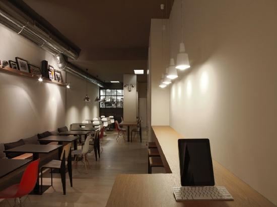 Photo of Mediterranean Restaurant Copenhagen at Literato Azorín 8, Valencia 46006, Spain