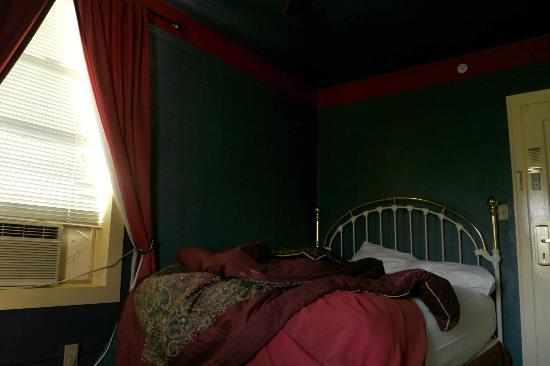Hotel Monte Vista: Lit et climatisation