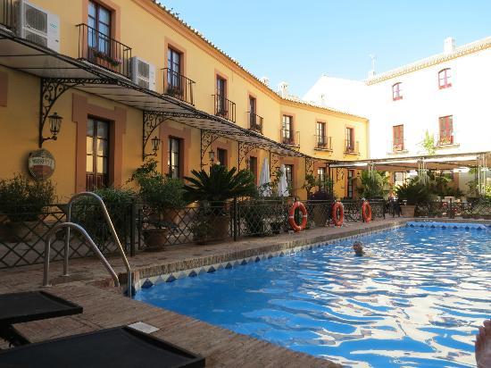 Alcazar de la Reina Hotel: cool spot