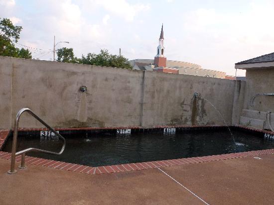 Juliet Hotel: piscine