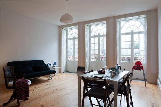 Casa do Pinheiro: Duplex Apartment