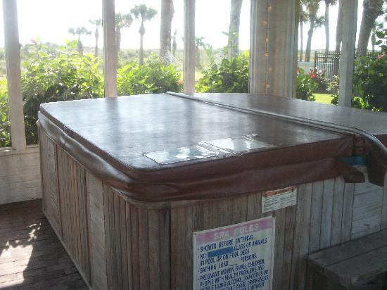 Beachfront Bed & Breakfast: The Jacuzzi 24 hr access