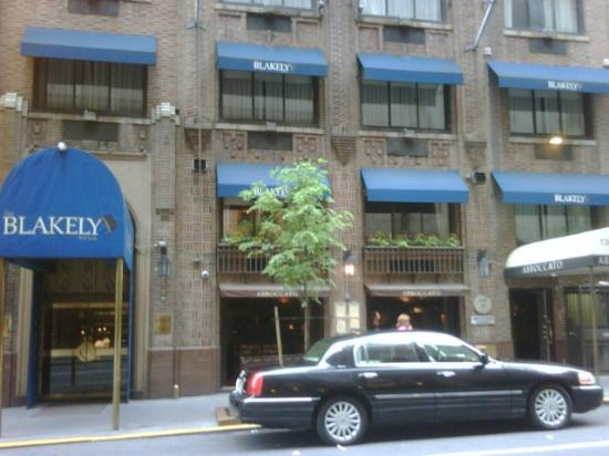 The Blakely New York: Fachada do Blakely