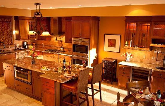 Ellicott Villas: EllicottVillas Kitchen